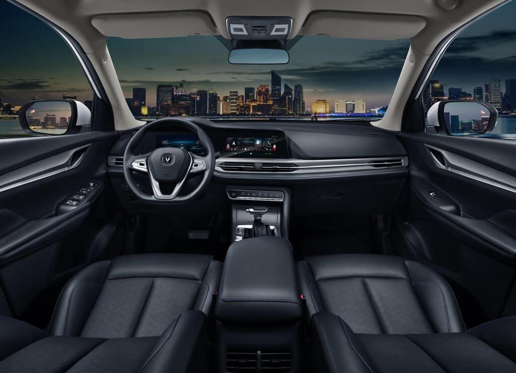 Описание автомобиля Changan CS55 2019 – 2020