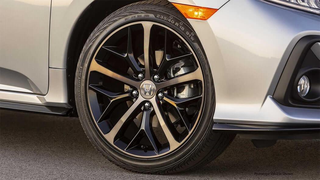 Описание автомобиля Honda Civic Hatchback 2019 – 2020