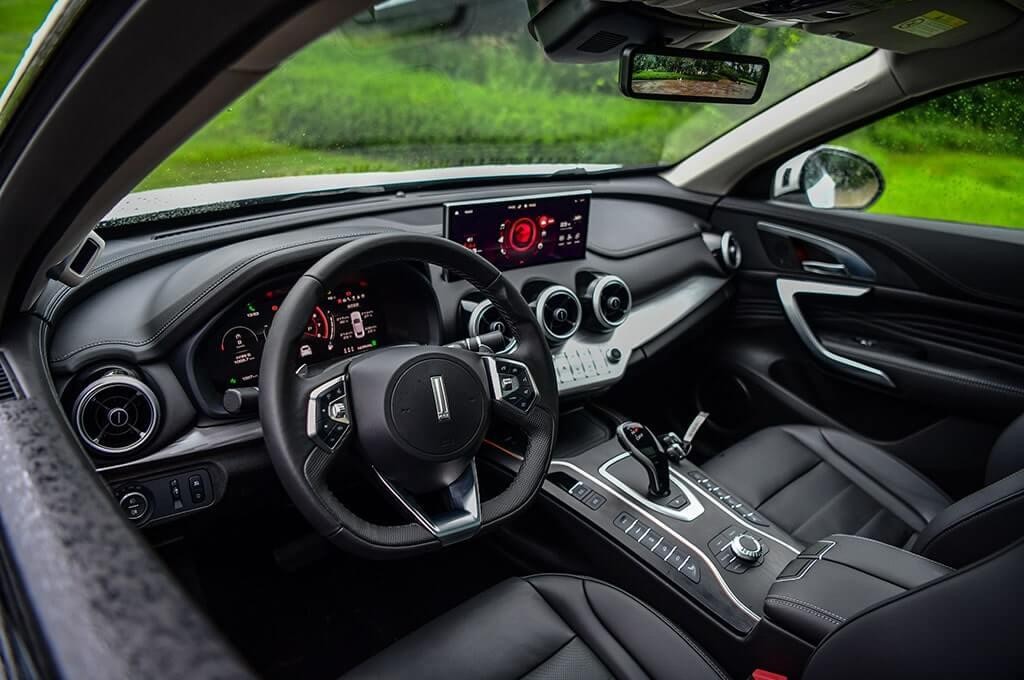 Описание автомобиля WEY VV7 GT 2019 – 2020