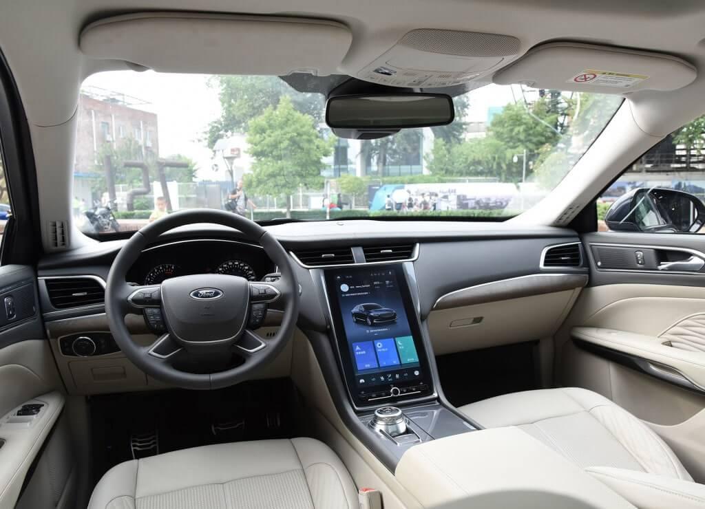 Описание автомобиля Ford Taurus 2019 – 2020