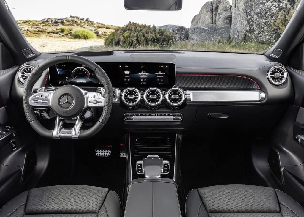 Описание автомобиля Mercedes-AMG GLB35 2020