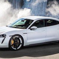 24123 Описание автомобиля Porsche Taycan 2020