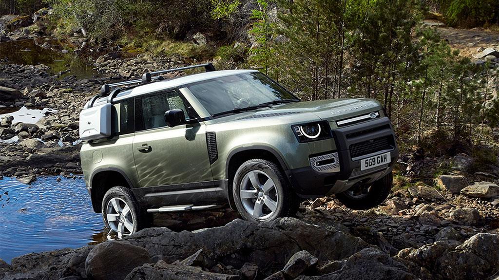 Описание автомобиля Land Rover Defender 2020