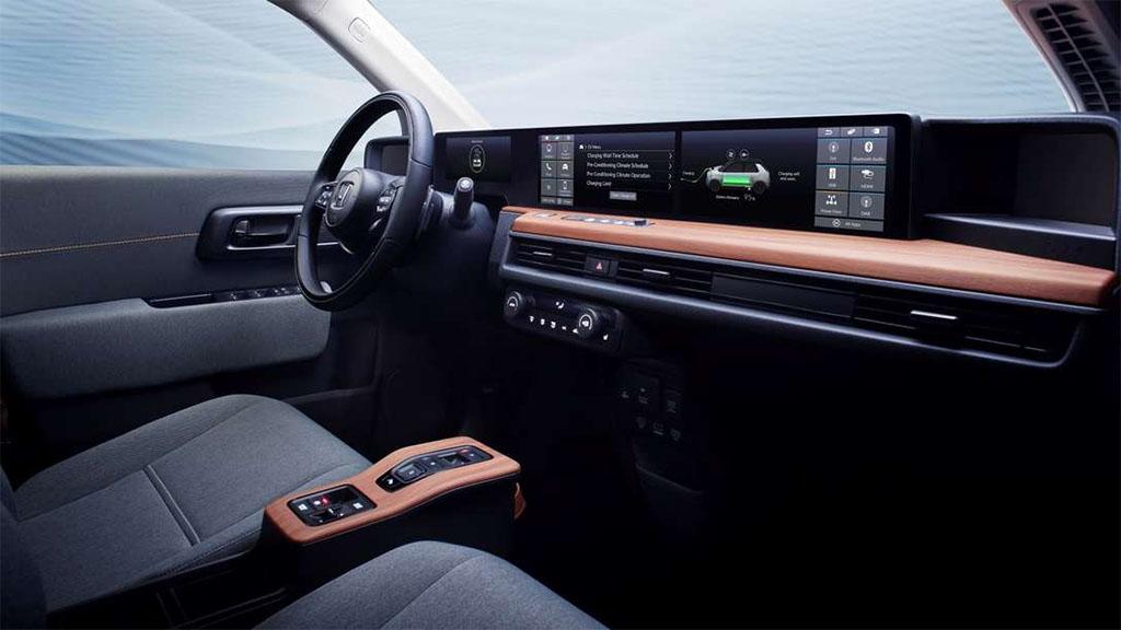 Описание автомобиля Honda e 2020