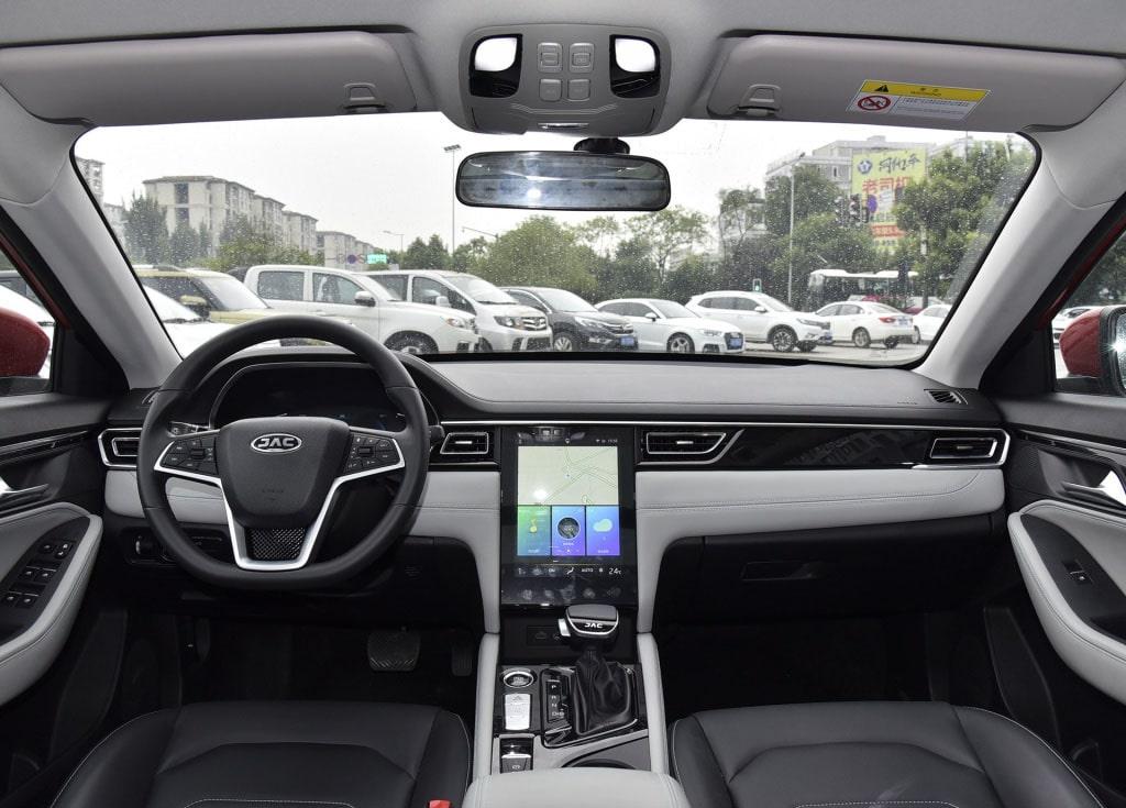 Описание автомобиля JAC A5 2019