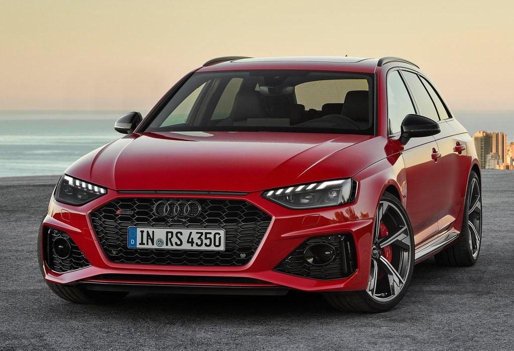 Описание автомобиля Audi RS 4 Avant 2020
