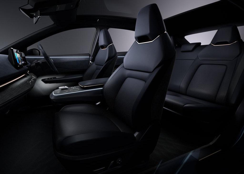Описание автомобиля Nissan Ariya 2019 – 2020