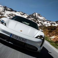 24364 Искусственная женщина по имени Грета Гарбо. Porsche Taycan