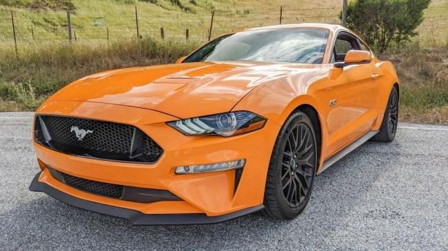 24288 Раньше будет лучше. Ford Mustang