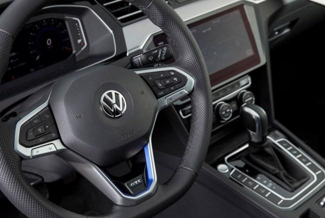 24295 В погоне за прогрессом. Volkswagen Passat