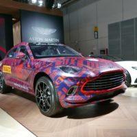Описание автомобиля Aston Martin DBX 2020