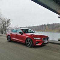 Лесть, гипноз и провокация. Volvo S60