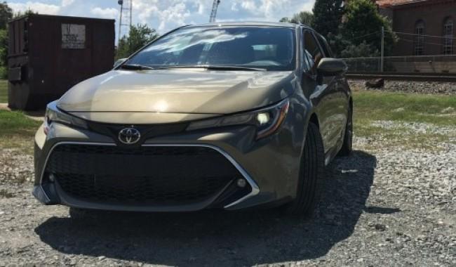 Народный автомобиль. Toyota Corolla Hatchback