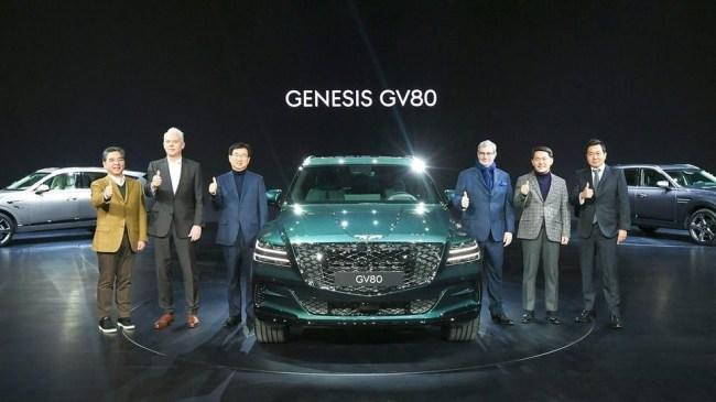 24755 Все по серьезке. Genesis GV80
