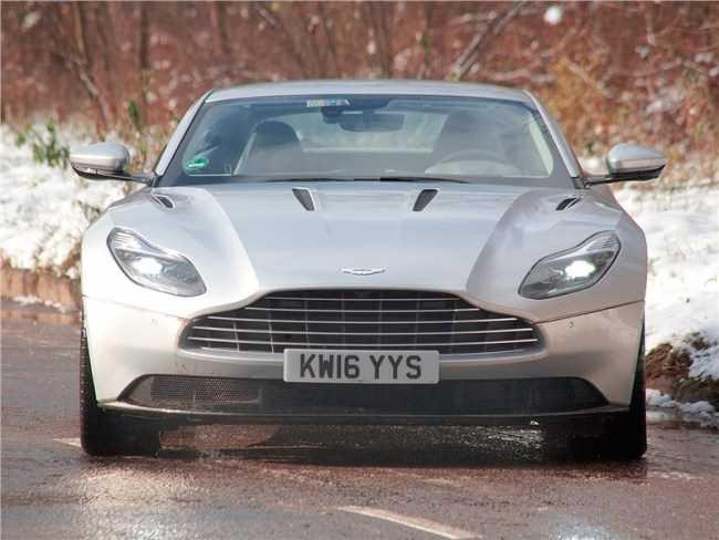 24807 Без права на убийство. Aston Martin DB11