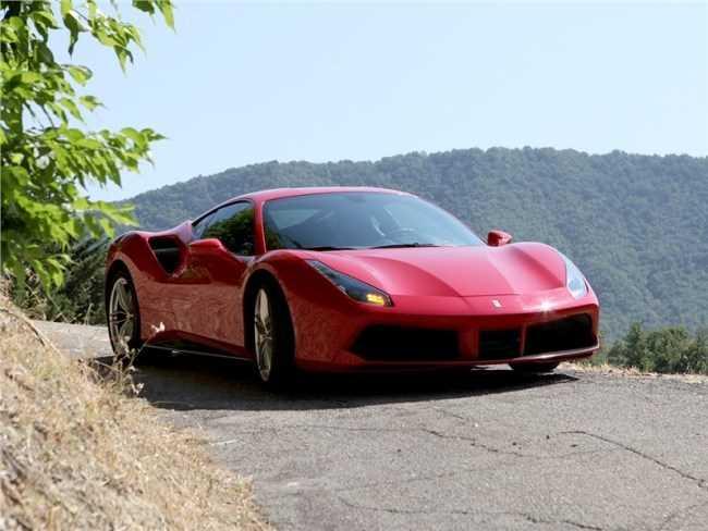 24805 Сила притяжения. Ferrari 488 GTB