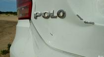 Тест драйв прокатного Volkswagen Polo  грозовой фон