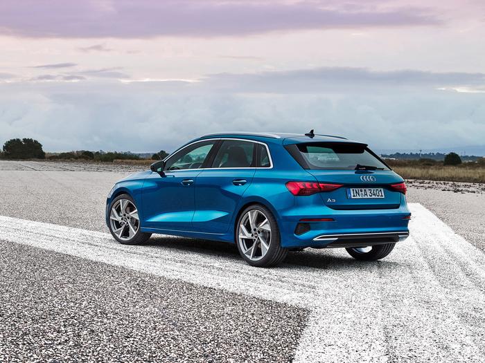 (Не)автосалон в Женеве 2020: серийные премьеры Audi, Mercedes, Skoda, Cupra и Alfa Romeo
