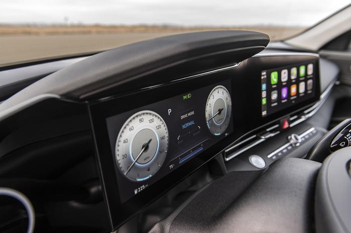 Новое поколение Hyundai Elantra: в России – осенью