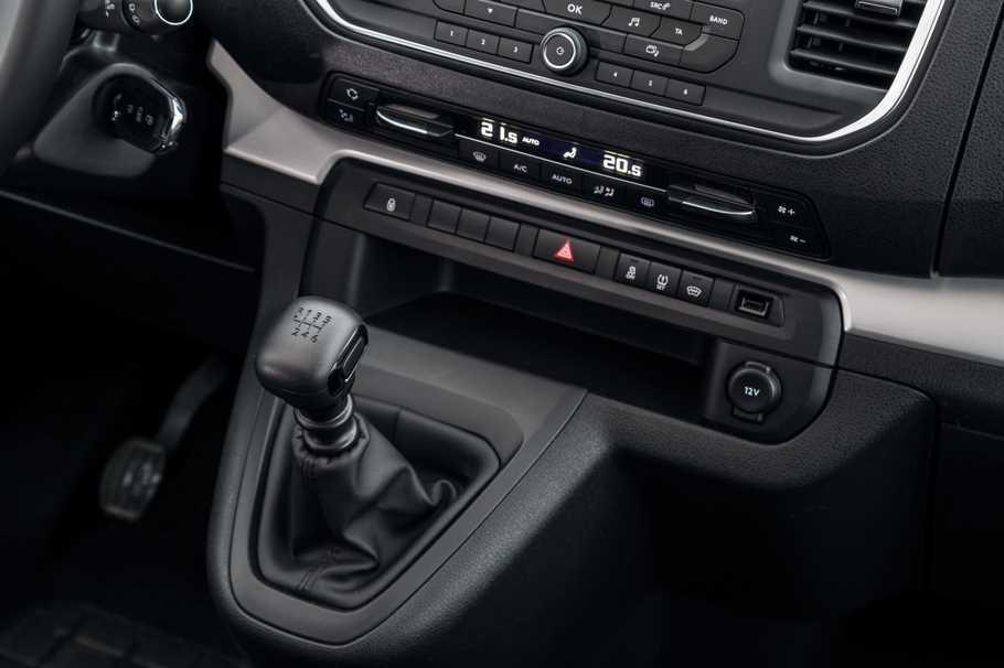 Тест драйв Peugeot Traveller 4x4  шутки в сторону