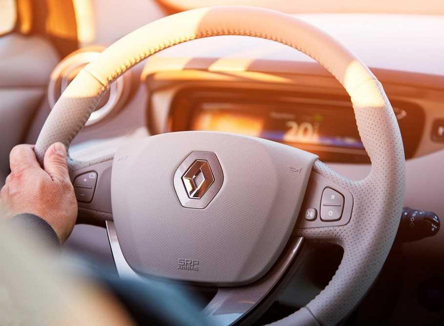 Тест драйв Renault Zoe  чистые помыслы
