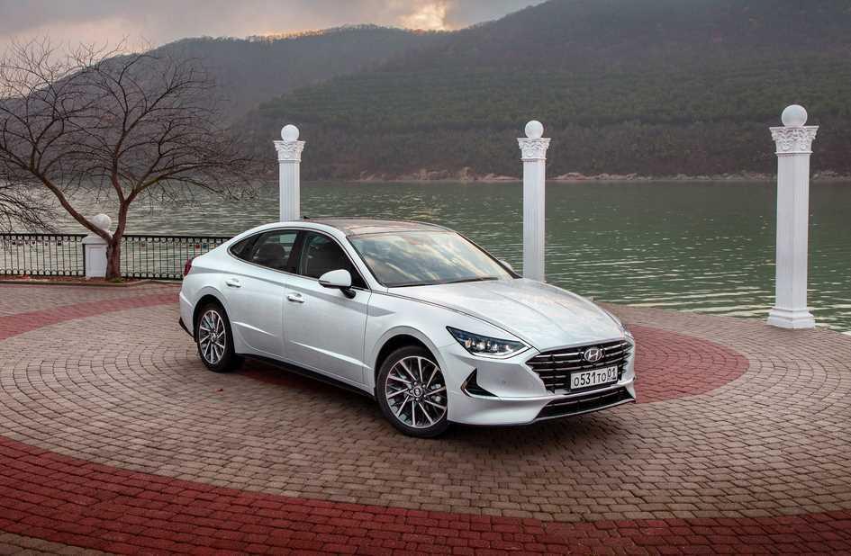 Тест-драйв Hyundai Sonata VIII: из ряда вон!