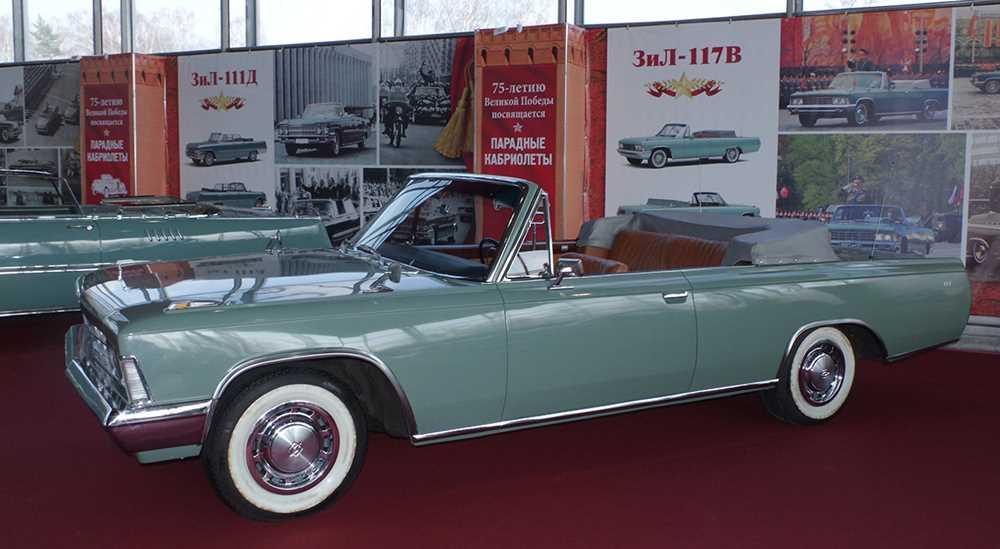 Этими автомобилями мы можем гордиться: кабриолеты, открывавшие парады в СССР и в России