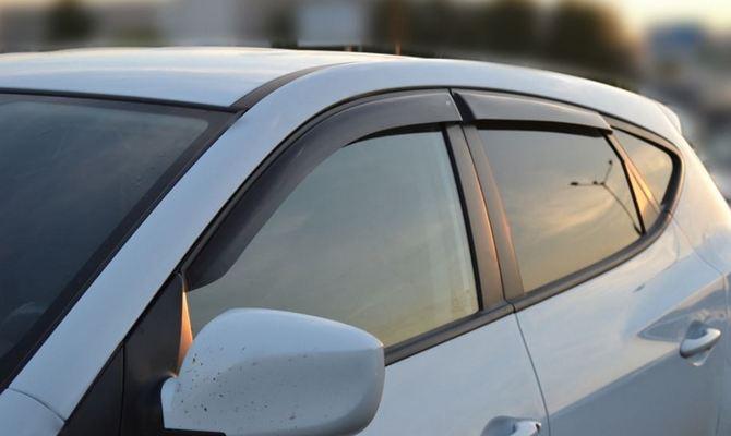 Зачем нужны дефлекторы боковых стекол?