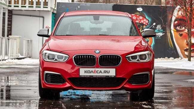 31206 Критические дни: тест-драйв BMW M140i. BMW 1 Series 5-ти дверный (F20)
