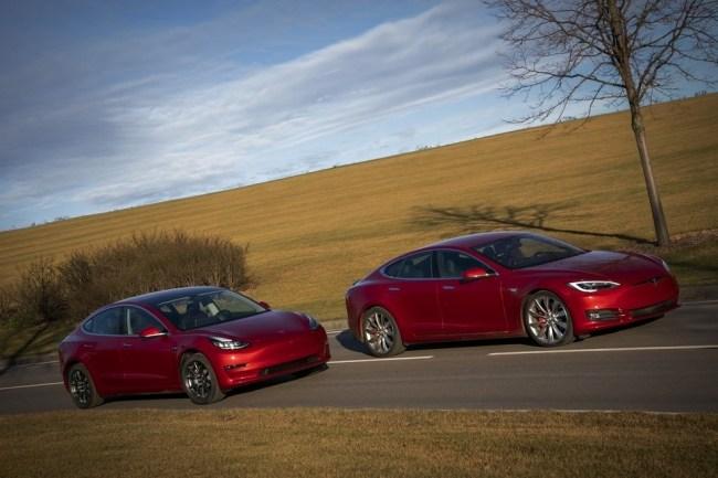 31373 Tesla Model 3 vs Tesla Model S P85D. 1000-сильный экспресс в будущее. Tesla Model 3