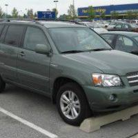 31068 Топ-5 машин, которых не хотят продавать даже спустя 15 лет после покупки в Америке и в России