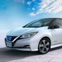 Уходя, не забудьте вставить в розетку. Nissan Leaf. Nissan Leaf