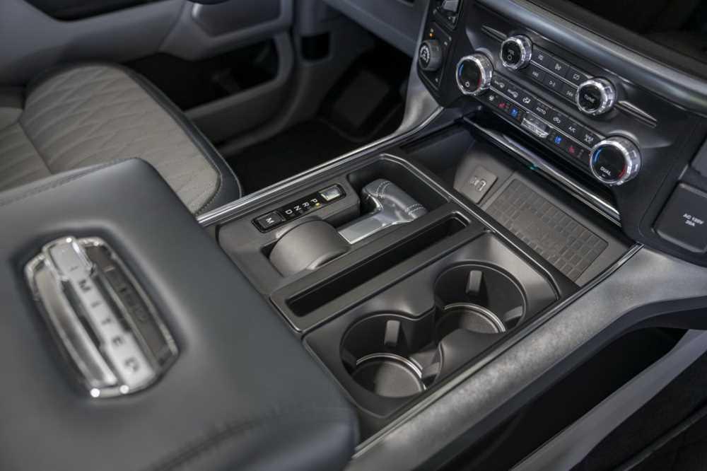 Обновленный пикап Ford F-150 поразил невиданной практичностью