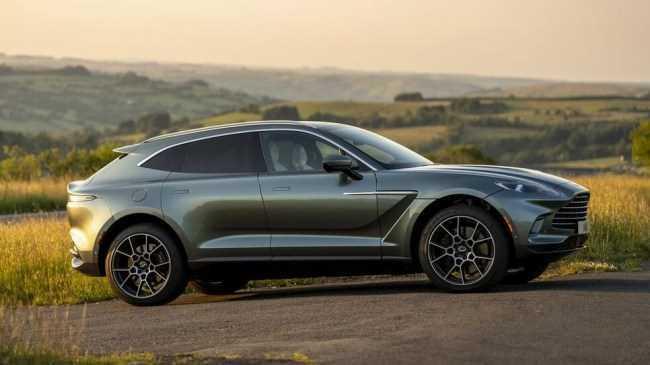 33854 Aston Martin DBX. Рисковый бизнес. Aston Martin DBX
