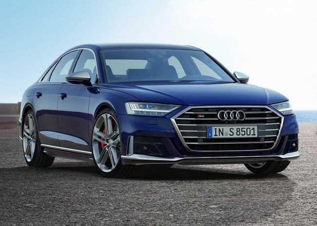 33765 Audi S8: мощный седан премиального уровня. Audi S8