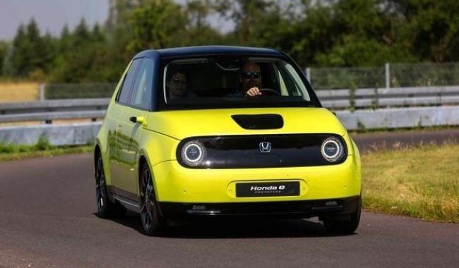33739 Электрический Honda e: стремление к идеальному сити-кару. Honda E