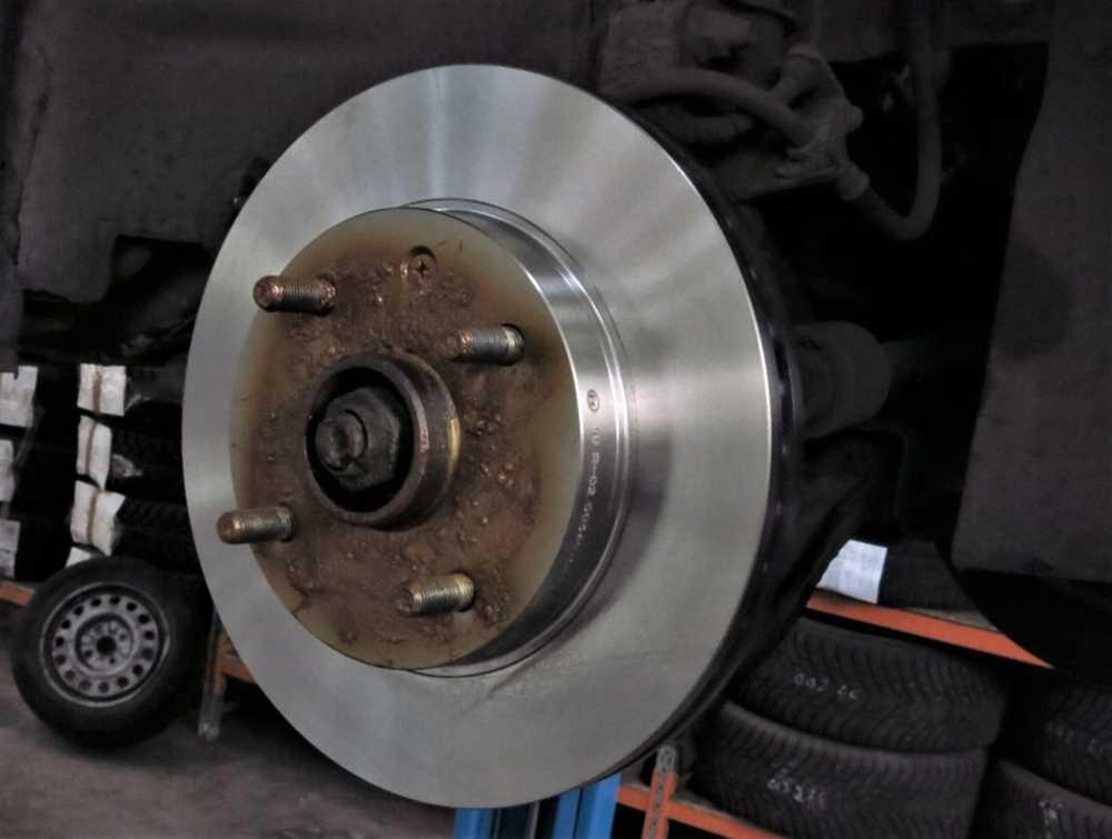 Тормозные диски: протачивать или менять?