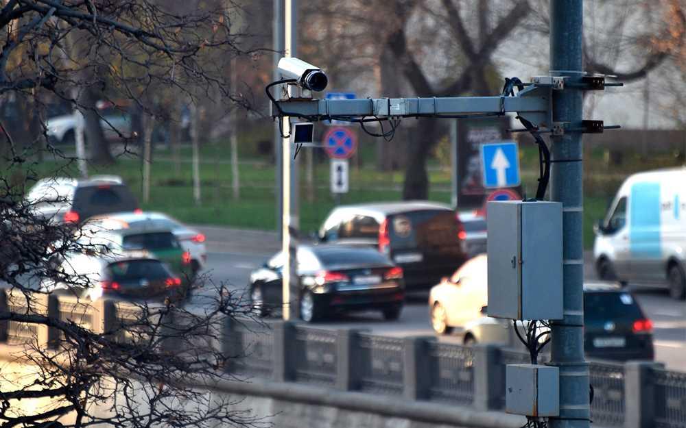 35188 Раскрыта методика распознавания телефонов в руках водителей