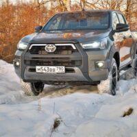 35560 Toyota HiLux – Простор для творчества. Toyota Hilux
