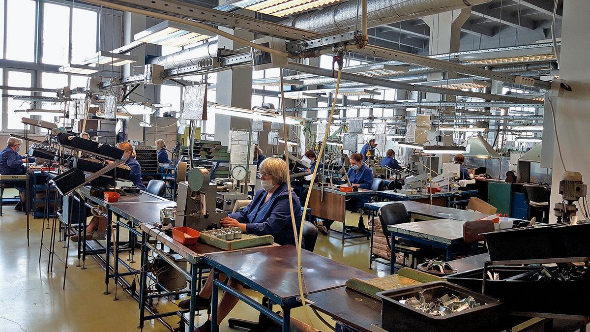Завод «Автоприбор»: мог бы стать банкротом, а теперь это крупнейший поставщик запчастей для иномарок и отечественных машин