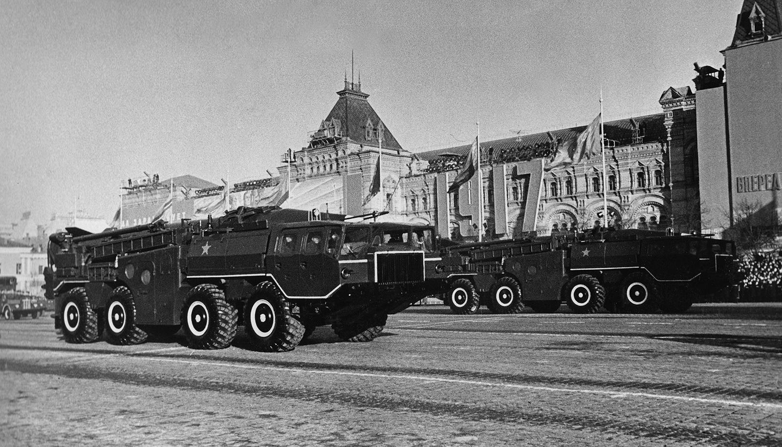 35719 Секретные «сороконожки»: как в СССР в тайне создавали внедорожники, не имеющие аналогов в мире