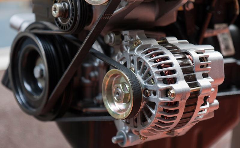 Посторонний шум в двигателе: о чем он говорит и когда его надо бояться?