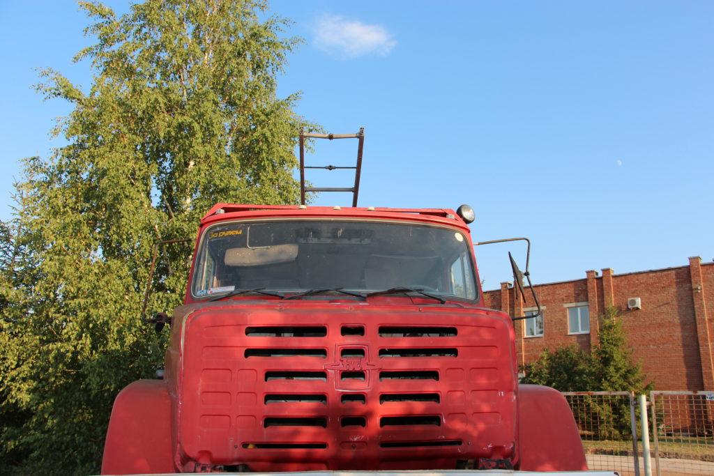 Пожарная «неотложка»: как ЗиЛ с квадратной кабиной попал на пьедестал в Тольятти